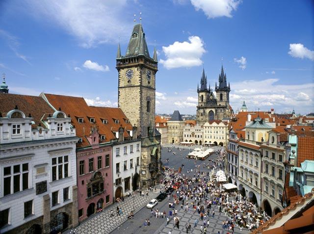 Praga Old Town Square