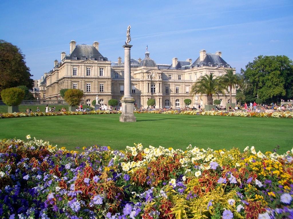 Paris_Jardin_du_Luxembourg_en_été